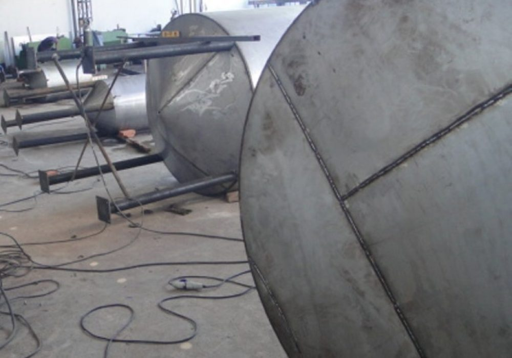 f site caldeiraria tanque em Inox
